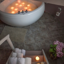 Towels & candles for spa